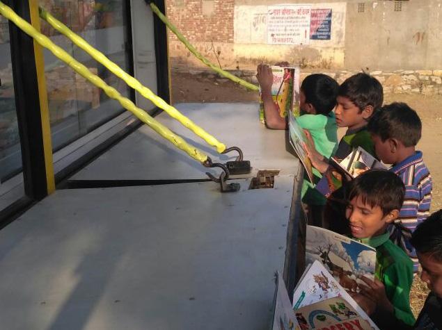 Mobile Library Van 4